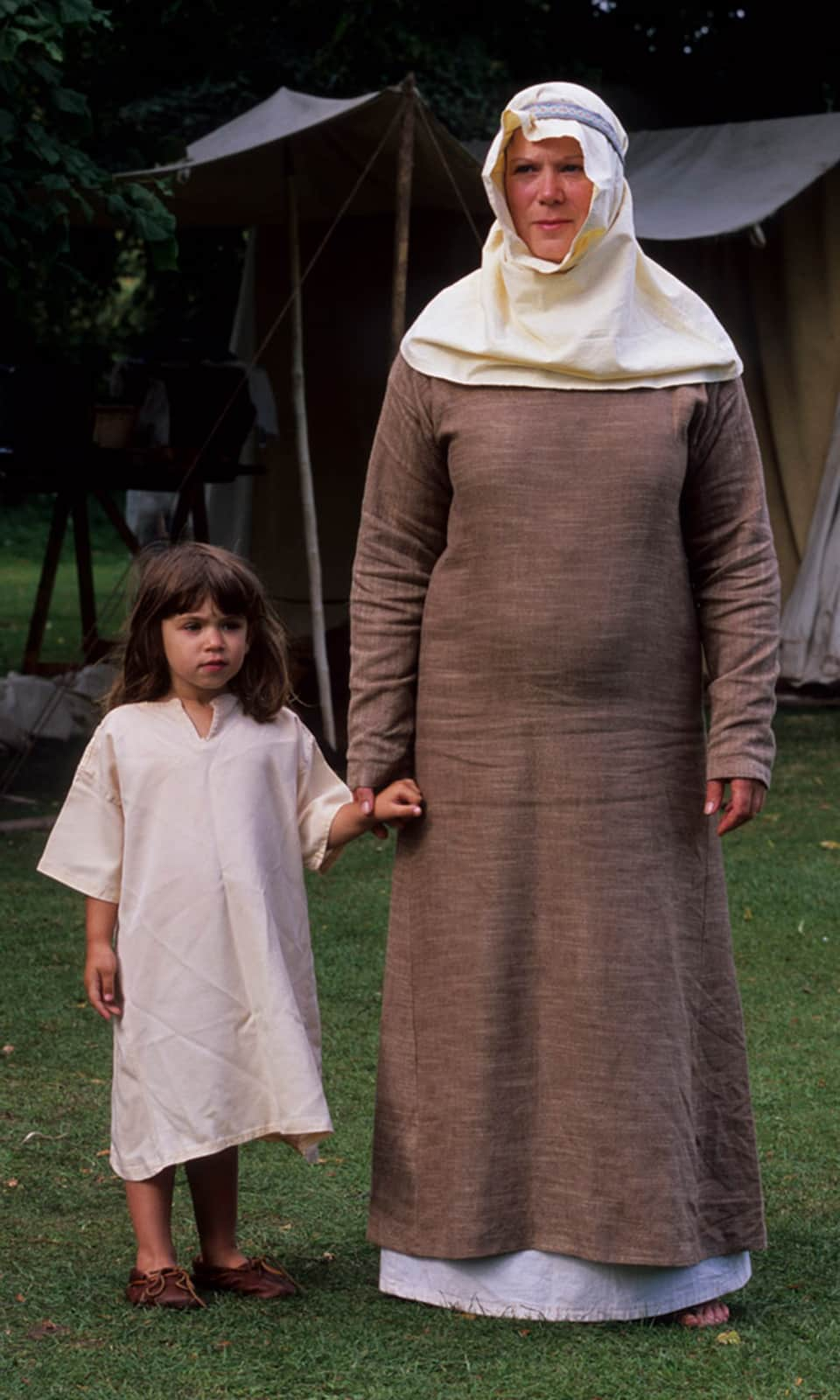 A simple dress worn by a Saxon woman and her daughter